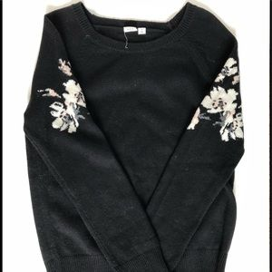 GAP sweater size S.